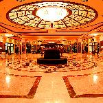 Cratos Premium Hotel, Casino, Port & Spaの写真
