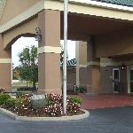 Clarion Inn &amp; Suites Savannah