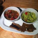  guacamole/salsa and chips