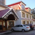 Subhash Palace