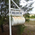  Hillview Farmstay - entrance to driveway