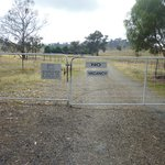 Hillview Farmstay - entrance gate