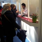  A heated argument between the front desk and some unhappy French guests!