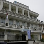 Hotel Grand Kartini