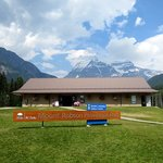 British Columbia Visitor Centre @ Mt Robson