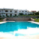 Kera apartments is a beach-side hotel, in the northern coast of Chania, built within 7,000 m² of