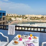 Blue Sea St George's Park & La Vallette Resorts
