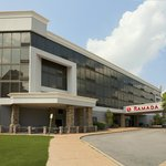 ‪Ramada Plaza Hotel - Downtown Convention Center‬