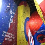‪Awesome Walls Climbing Centre‬