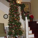 Christmas tree in foyer at Riverdale Inn