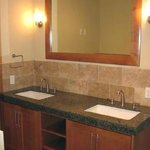  Suite A Bathroom