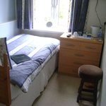 Single Ensuite Room 8