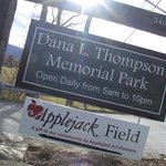 ‪Dana L. Thompson Memorial Park‬