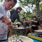 Personal chefs bring meals with you on excursion