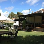 "Dongara Backpackers ""Breeze Inn"""