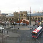 small Xmas market in front of Mainz HBF, view from room at TopHammer hotel.