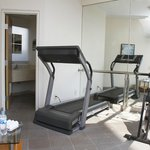  Gimnasio Turotel
