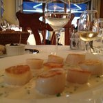 My dinner at Auberge du Lyonnais - perfectly seared scallops