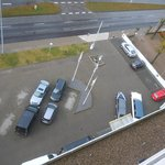  parkplatz vorm hotel