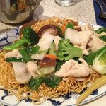 Pan-Fried Noodle with chicken and vegetables.