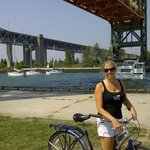  Under the Lift Bridge @ the pier