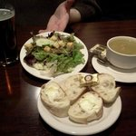 Salad with balsamic vinaigrette, split pea soup with ham, bread & Oktoberfest ale