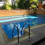 SK2 swimming pool