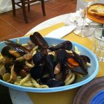  FUSILLI COZZE E VONGOLE
