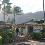  entrance to Kauai Inn