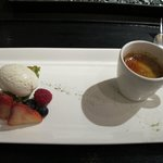 desserts - green tea flourless cake and black sesame creme brulee