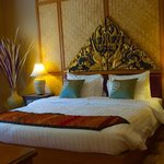 Coral Hotel Bangsaphan
