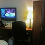 Desk/chair/lamp & flat ccreen TV, not bad!
