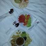 Hotel Food! Gado-Gado, Nasi Goreng Seafood and Fruits!