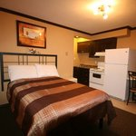 Photo de Lakeside Villa Inn & Suites