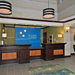  Hotel Lobby&#39;s Front Desk