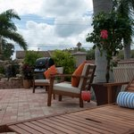 Hibiscus Suites Inn