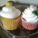  Lemon and Strawberry Cupcakes