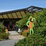 Catlins Kiwi Holiday Park at McLean Falls Foto