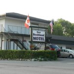 ‪New Rockland Motel‬