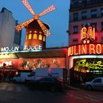 Moulin Rouge-easy walking distance from Trinite