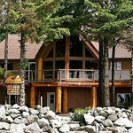 Beach Break Lodge Bed and Breakfast