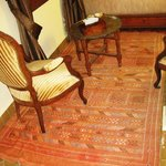 Rug in sitting area of Amandine room