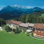  Alm- &amp; Wellnesshotel Alpenhof