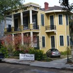 HH Whitney House on the Historic Esplanade resmi