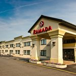 Ramada Newark / Wilmington Hotel