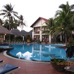Canary Beach Resort resmi