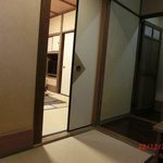  Yamashinobu - entranceway to room, area next to toilet