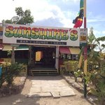  Sunshines Bar&amp;Grill, Nevis