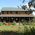 Cedar Post Inn Bed & Breakfast