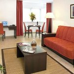 Park &amp; Suites Annemasse
